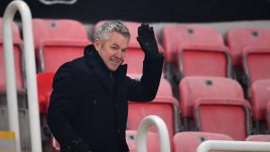 Usred utakmice klub saopštio da trener napušta ekipu