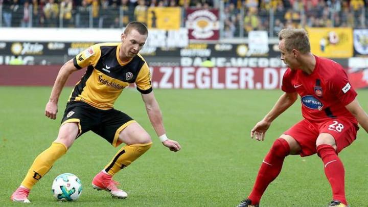 Burnić igrao cijeli meč, a Duljević 69 minuta u remiju Dresdena i Regensburga