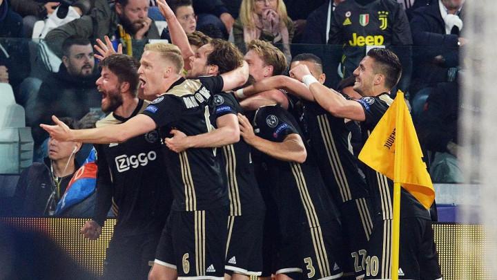 Fudbaleri Ajaxa su ponizili velikane, ali samo jednom timu ove sezone nisu mogli ništa