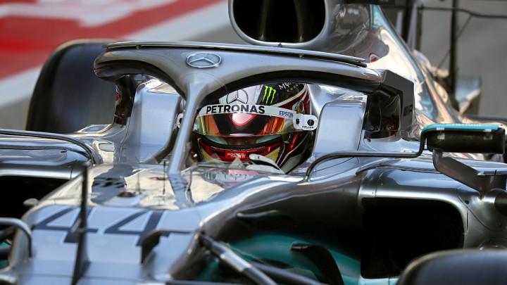 Hamilton slavio u Sočiju, harakiri Ferrarija!