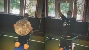 Kapiten Bayerna može šta hoće: Mnogi sanjaju o Salatari, a Neuer je koristi za vježbanje