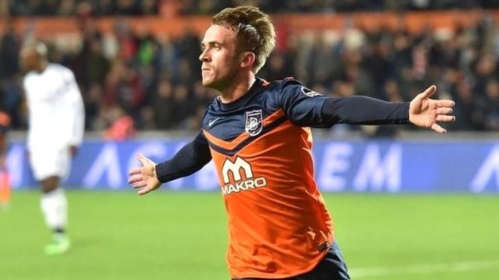 Višća strijelac, Basaksehir u playoffu Lige prvaka