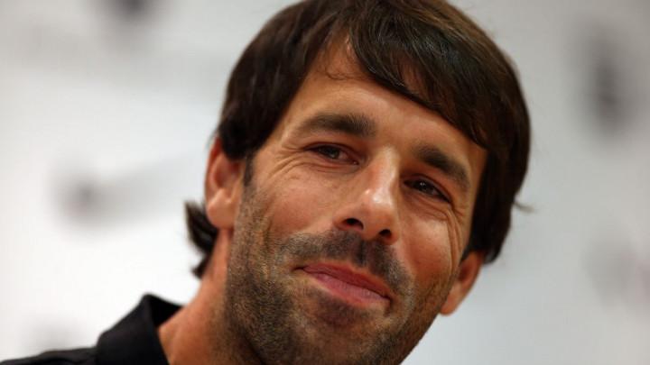 Van Nistelrooy kulturno poručio da Capello laže o alkoholu:  Ja to nisam rekao!