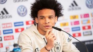 Leroy Sane odbio Bayern, pa obavio trening u zanimljivom dresu