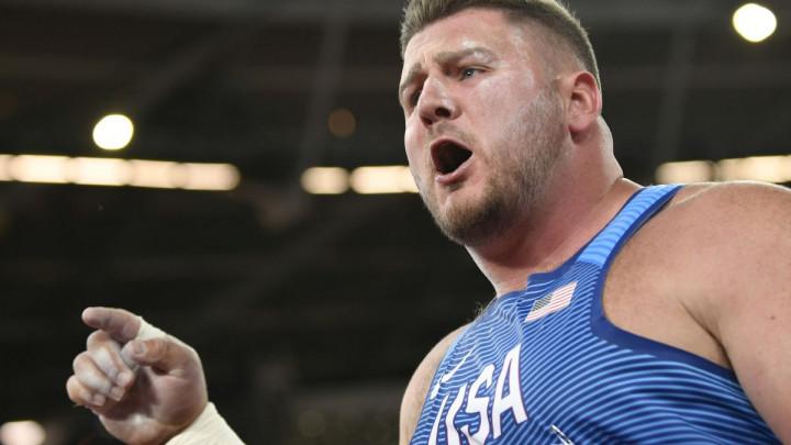 Nestvarno finale kugle: Amerikanci u posljednjoj seriji čudesnim bacanjima skinuli šampiona sa trona