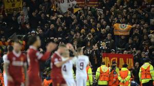 """""""Osramoćena"""" Roma uputila poruku navijaču Liverpoola u bolnici"""
