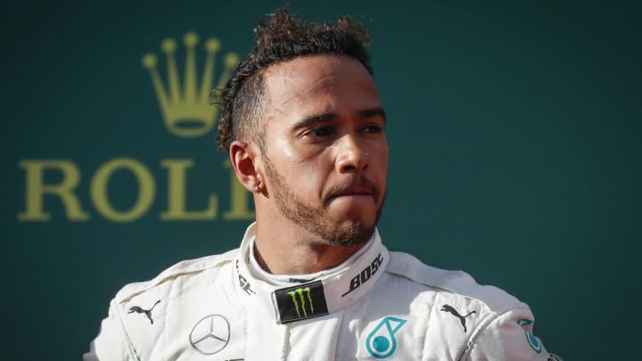 Hamilton potpisuje novi ugovor i postaje plaćeniji od Vettela