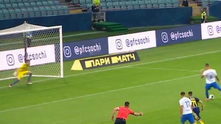 Rostov objasnio razloge 10:1 poraza, ali svijet priča o odbranama njegovog 17-godišnjeg golmana