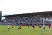 Navijači Jedinstva izgubili strpljenje i oštetili stadion
