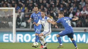 Italija čeka Zmajeve na čuvenom stadionu