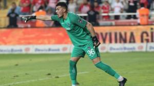 Turski golman dobio fantastične ponude iz Engleske