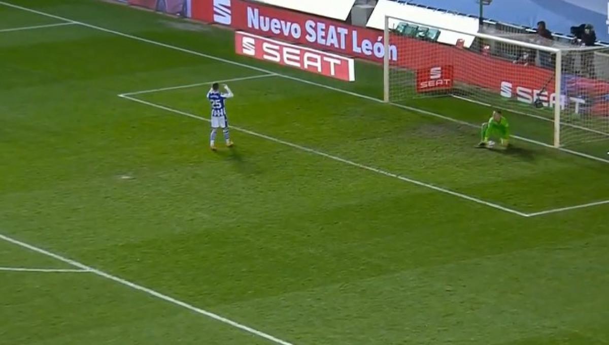 Čovjek je radio čuda među stativama: Fudbaleri Sociedada su se hvatali za glavu tokom utakmice
