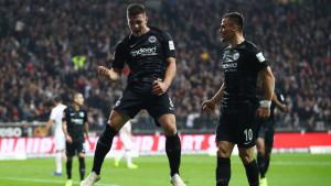 Nezaboravna noć u Frankfurtu: Osam golova, pet ih zabio Luka Jović!