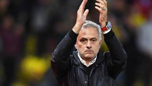 Neočekivana ponuda sletjela na Mourinhovu adresu