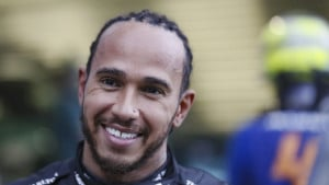 Hamilton sanja da sjedne u bolid jednog tima Formule 1