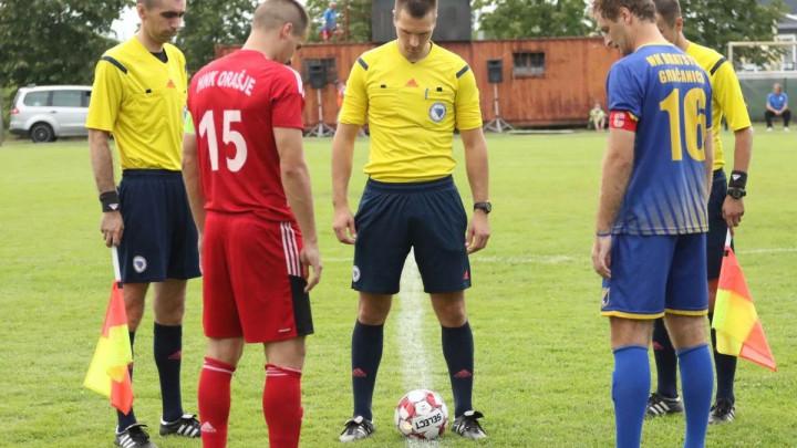 Bratstvo za remi 'optužilo' glavnog sudiju: On je igrač utakmice sa nevjerovatnim penalom!