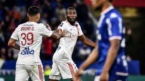"""Šamar"" za Lyon, PSG se mučio"