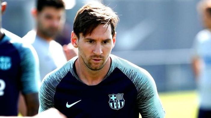 Navijači Barcelone znaju šta znači Messijeva odluka da obrije bradu