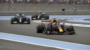 Još jedna drama u Formuli 1: Verstappen najbrži u Francuskoj, Ferrari bez bodova