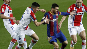 """Barcelona se naljutila: """"Petarda"""" u mreži Alavesa"""