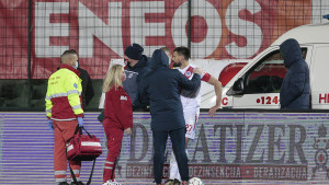 Ružna scena na Pecari: Jakovljević nakon teškog sudara morao napustiti teren