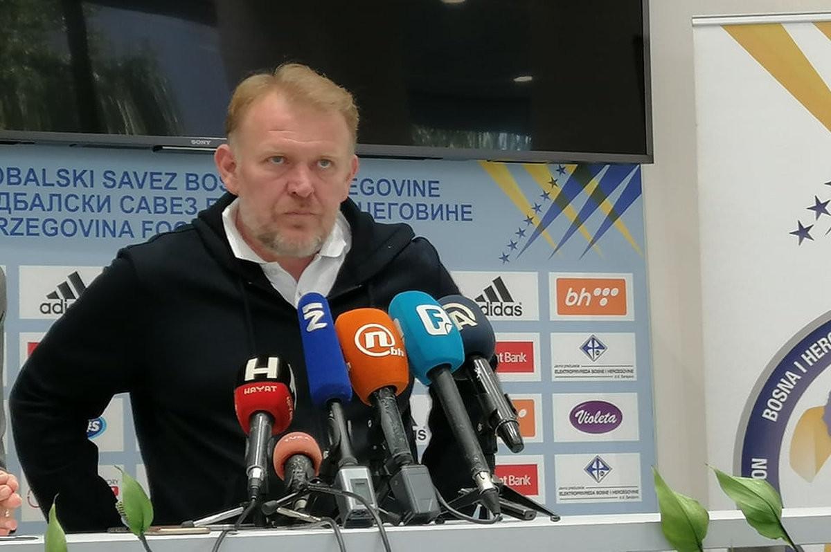 Potvrđeno: Robert Prosinečki ostaje selektor!