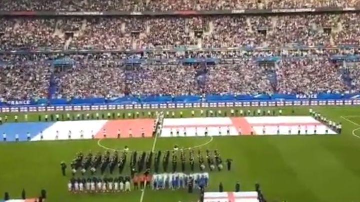 Navijači u Parizu u jedan glas pjevali himnu Engleske