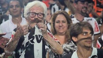 Najstarija navijačica na svijetu