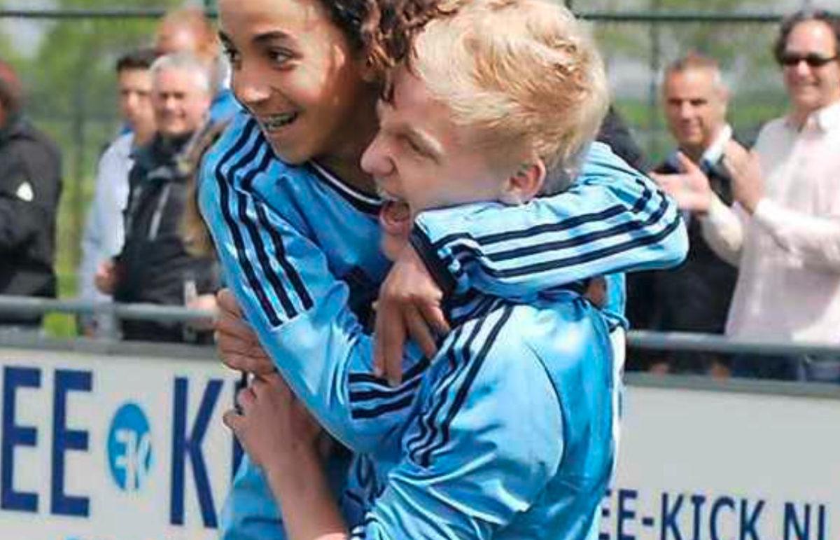 Van de Beek će u Manchesteru nositi broj 34: U čast najboljeg prijatelja zbog kojeg više nije isti