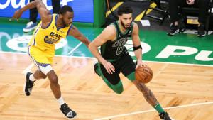 Noć u NBA ligi obilježio revolveraški obračun Curryja i Tatuma