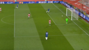 Golman Chelseaja umalo postigao najkomičniji autogol Premiershipa