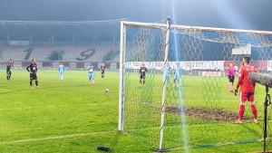 Stojan Vranješ golom iz penala pogodio za vodstvo Borca na Tušnju