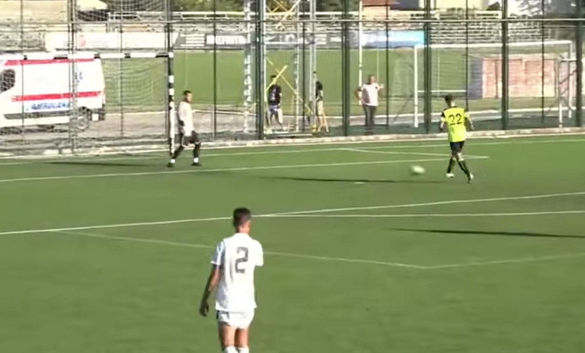 Igrači Partizana se sklonili s terena kako bi rival postigao gol