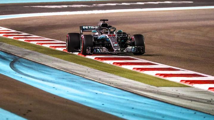 Tužan dan za F1: Hamilton slavio u Abu Dhabiju, Raikkonen otišao iz Ferrarija, Alonso se oprostio