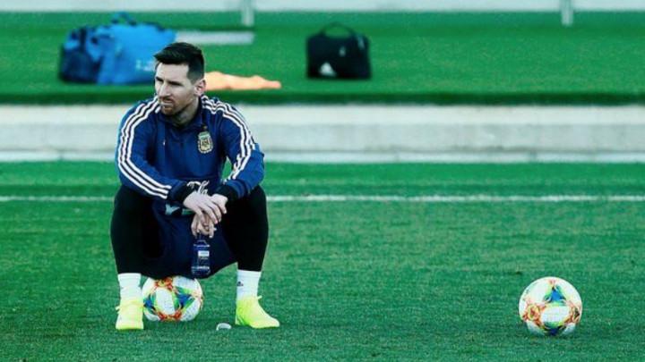 """""""Brine me povratak Messija u reprezentaciju, izgleda mi jako umorno"""""""