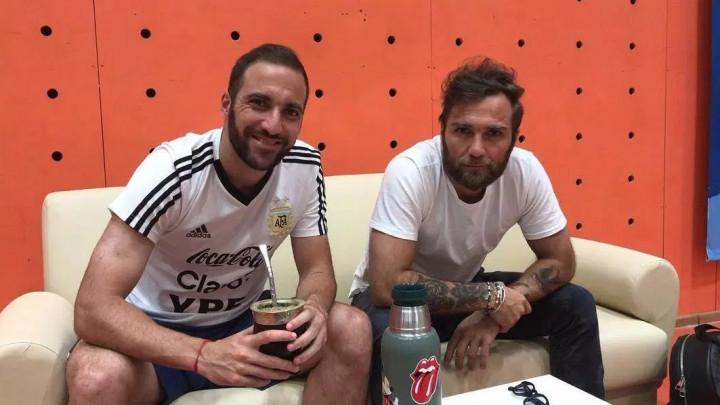 Gonzalo Higuain poslao brata da ispita situaciju: Argentinac želi nazad u Napoli!
