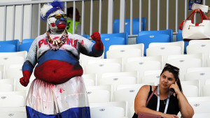 """Zaboravite ljepotice i koreografije, svi su """"buljili"""" u ovog navijača Rusije"""