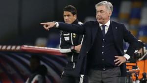 U Napoliju se sprema novi štrajk, sada i Ancelotti igračima naredio da idu u karantin