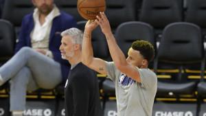 Potvrđen povratak Stephena Curryja