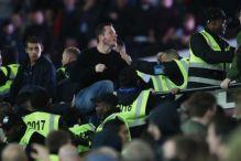Čelična lady West Hama na mari za navijačke vapaje