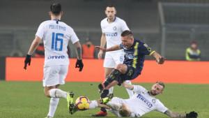 Inter primio gol u nadoknadi i ostao bez pobjede u Veroni