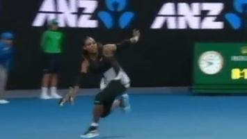Muškarci se stide kada vide šta je Serena uradila reketu