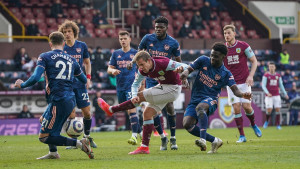 Topnici se ispromašivali: Arsenalu samo bod protiv Burnleyja