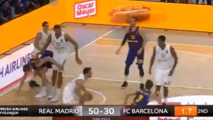 Zaboravite Kecmana: Igrač Reala postigao koš sa 25 metara!