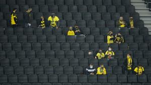 Komična fotografija s tribina u Dortmundu kruži internetom