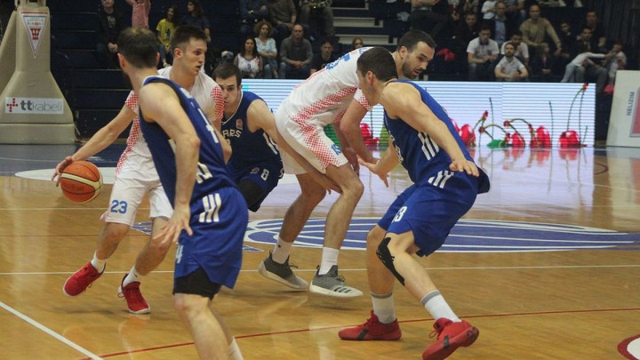 Široki i Sparsi nas podsjetili na stara dobra vremena, a Kenan Bajramović na svoje najbolje dane