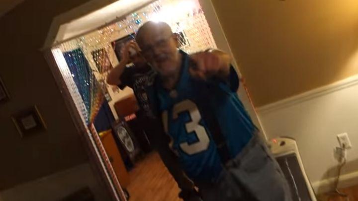 Dedo zbog pobjede Denvera razbio TV