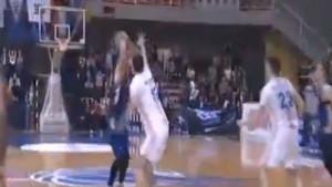 Pogledajte kako je Kenan Bajramović utišao Pecaru i donio pobjedu Sparsima!