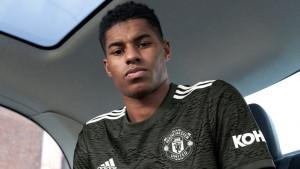 Manchester United oduševio navijače dresovima za gostujuće mečeve