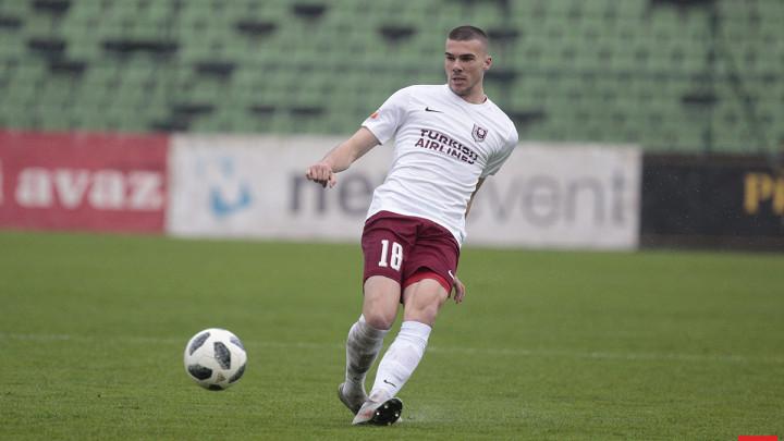 Nihad Mujakić debitovao za Kortrijk u čudnoj utakmici